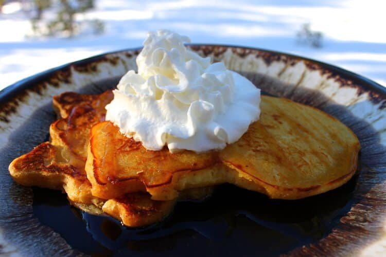 Holiday Breakfast: Eggnog Pancakes