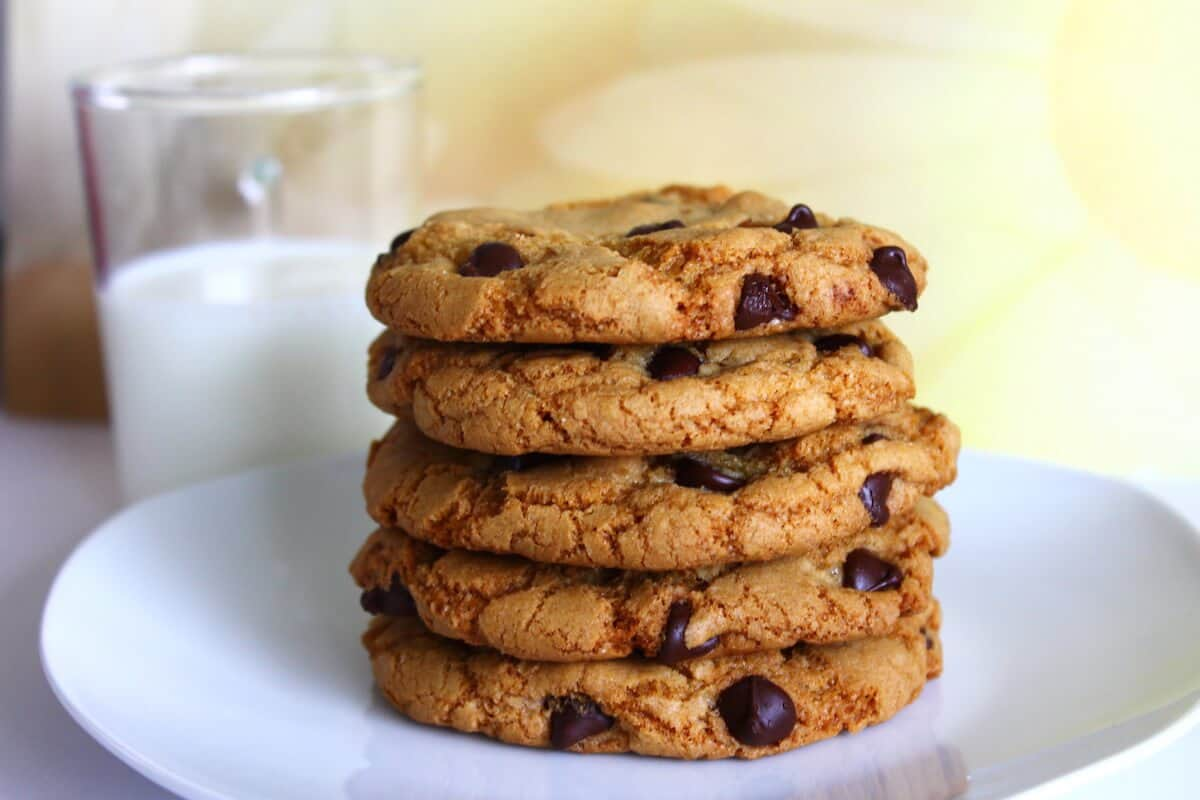 brown butter chocolate chip cookies stack on a plate