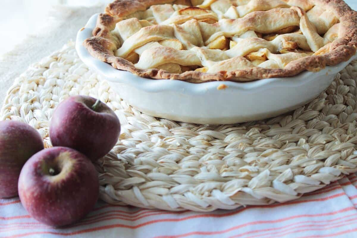 easy apple pie recipe in pie dish side view