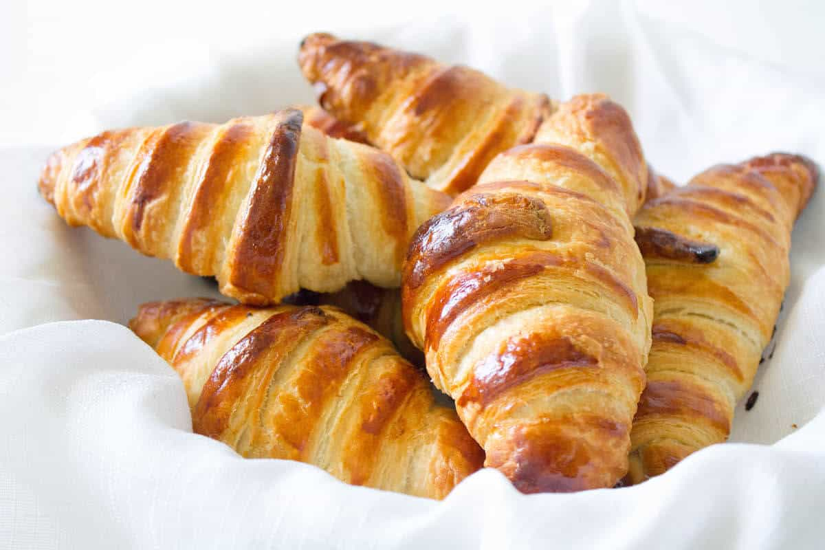 homemade croissants a lesson in viennoiserie mon petit four. Black Bedroom Furniture Sets. Home Design Ideas