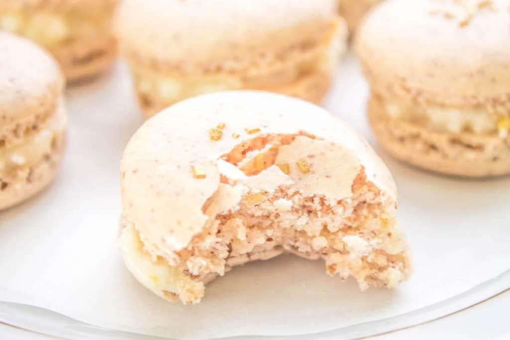 apricot macarons