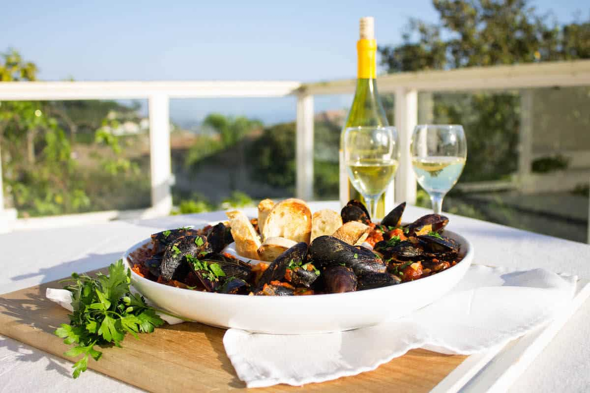 Mussels with Marinara Sauce