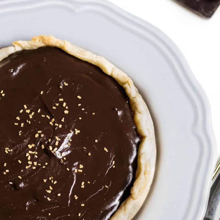 chocolate tart with caramel