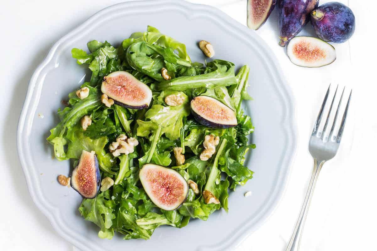 Delicate and delicious arugula salad 50