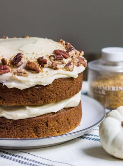 pumpkin cake with maple frosting