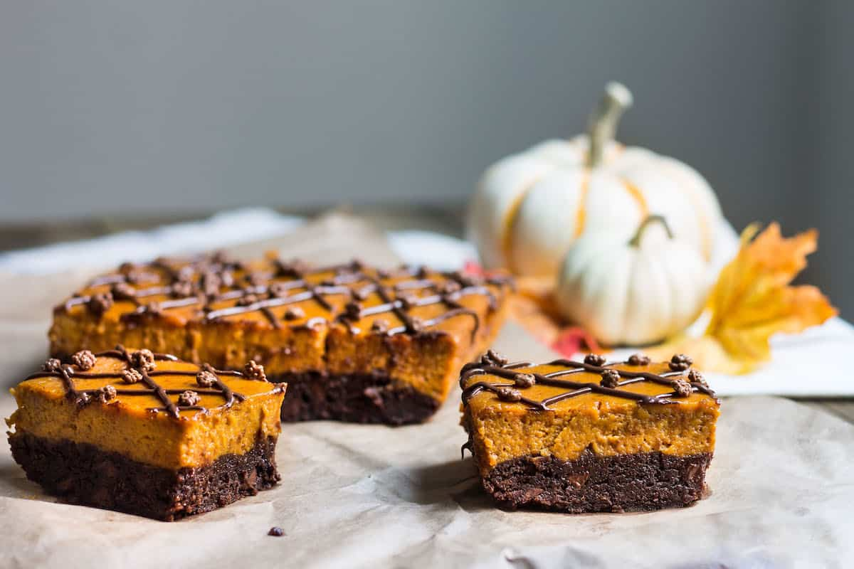 Pumpkin Pie Brownies made the easy way! Recipe via MonPetitFour.com