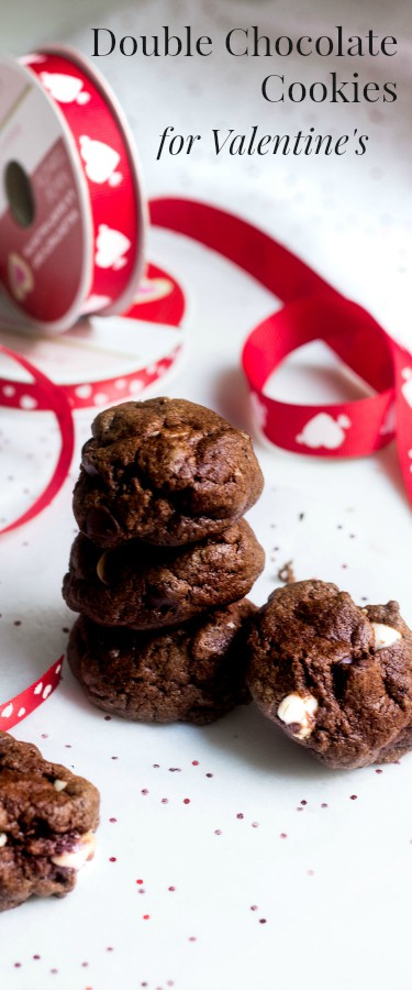 Double Chocolate Cookies - perfect for Valentine's Day! Recipe via MonPetitFour.com
