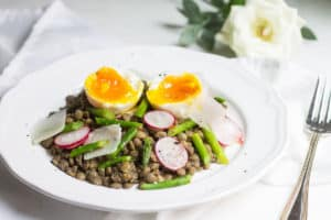 French Lentil Salad: warm lentils with asparagus and a soft boiled egg. Recipe via MonPetitFour.com