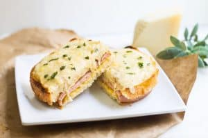 Croque Monsieur: quick and easy French ham and grilled cheese sandwich, made with gruyere and bechamel sauce. Recipe via MonPetitFour.com