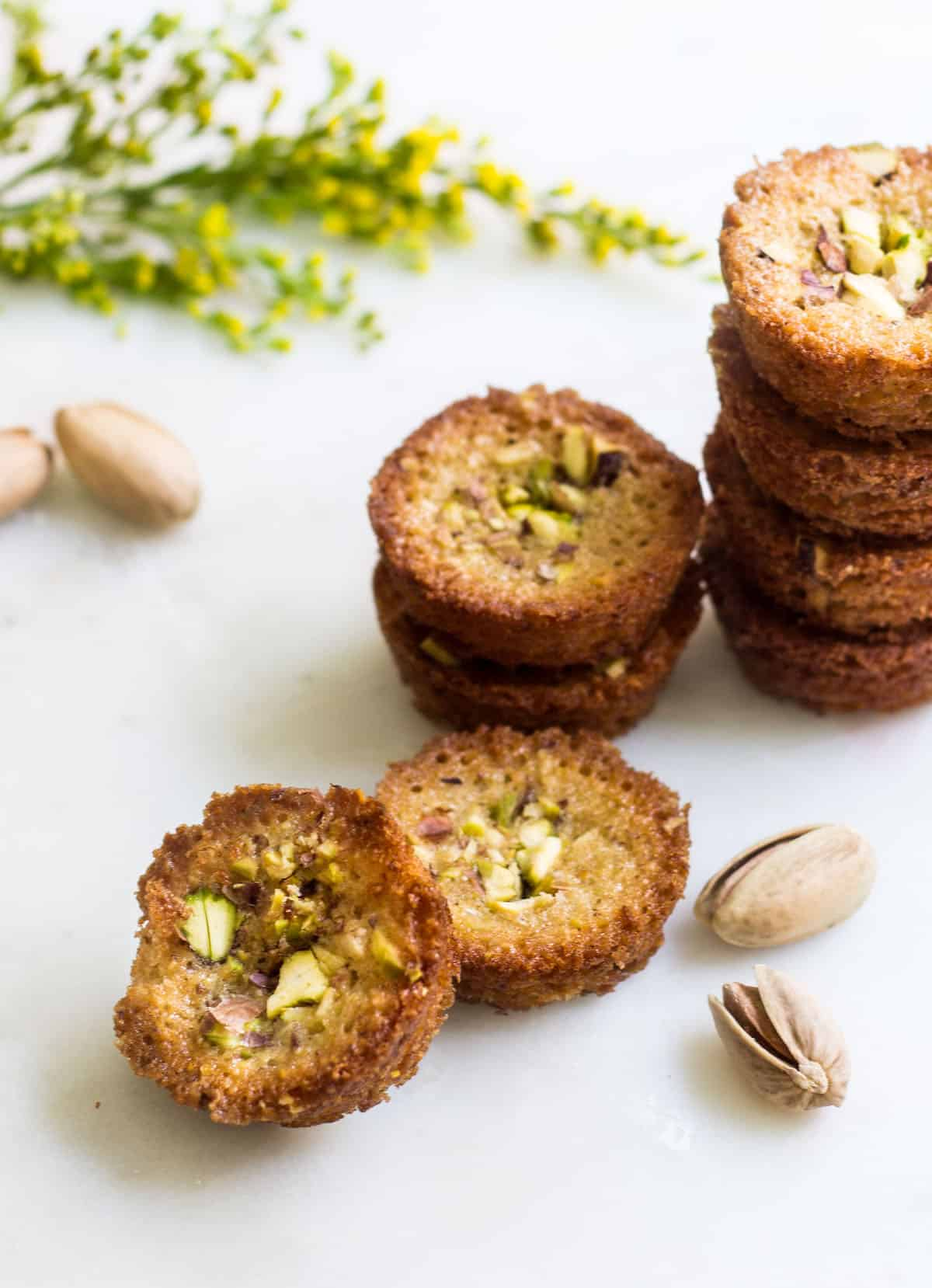 Pistachio Financiers: little almond French cakes flavored with pistachios and brown butter. Recipe via MonPetitFour.com