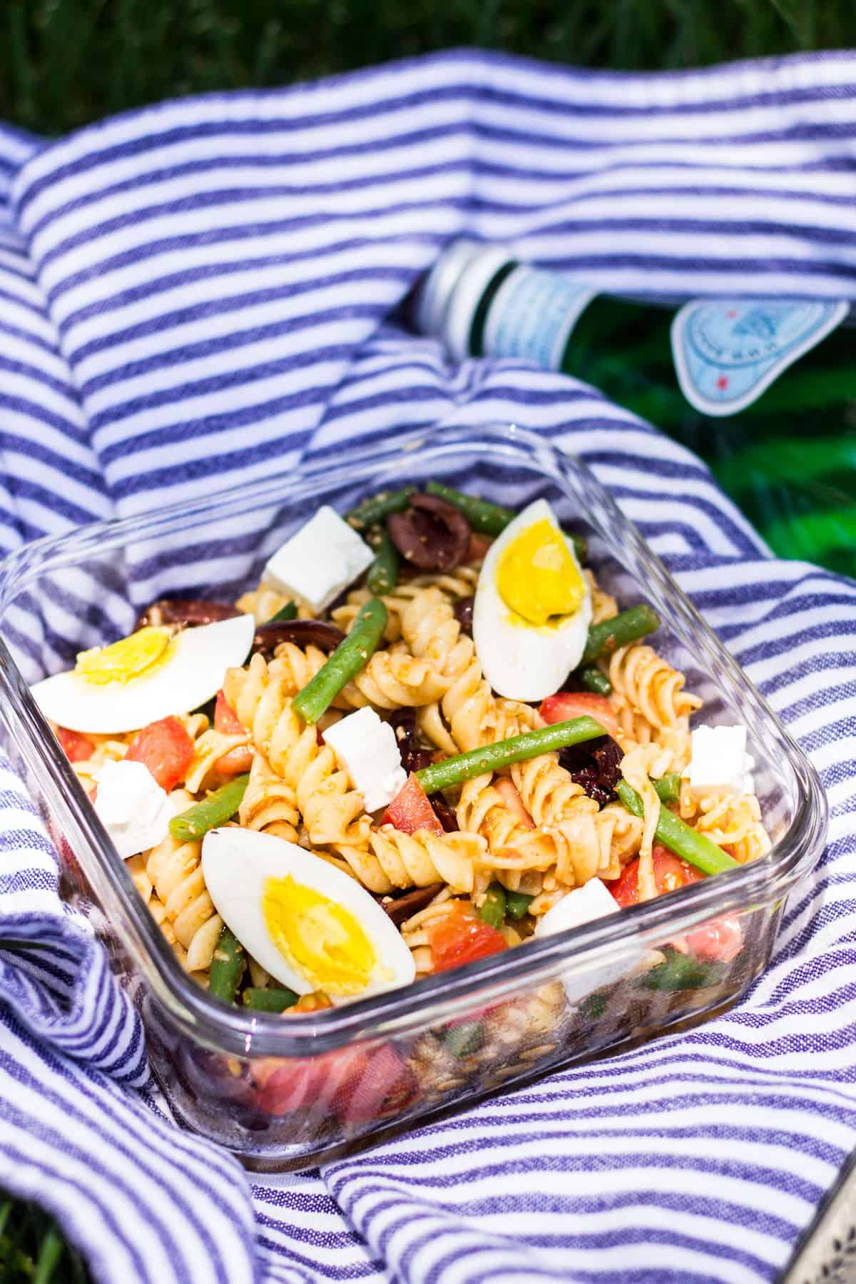 Nicoise Pasta Salad: an easy twist on a classic French salad, this tasty pasta salad is perfect for summer picnics. Recipe via MonPetitFour.com