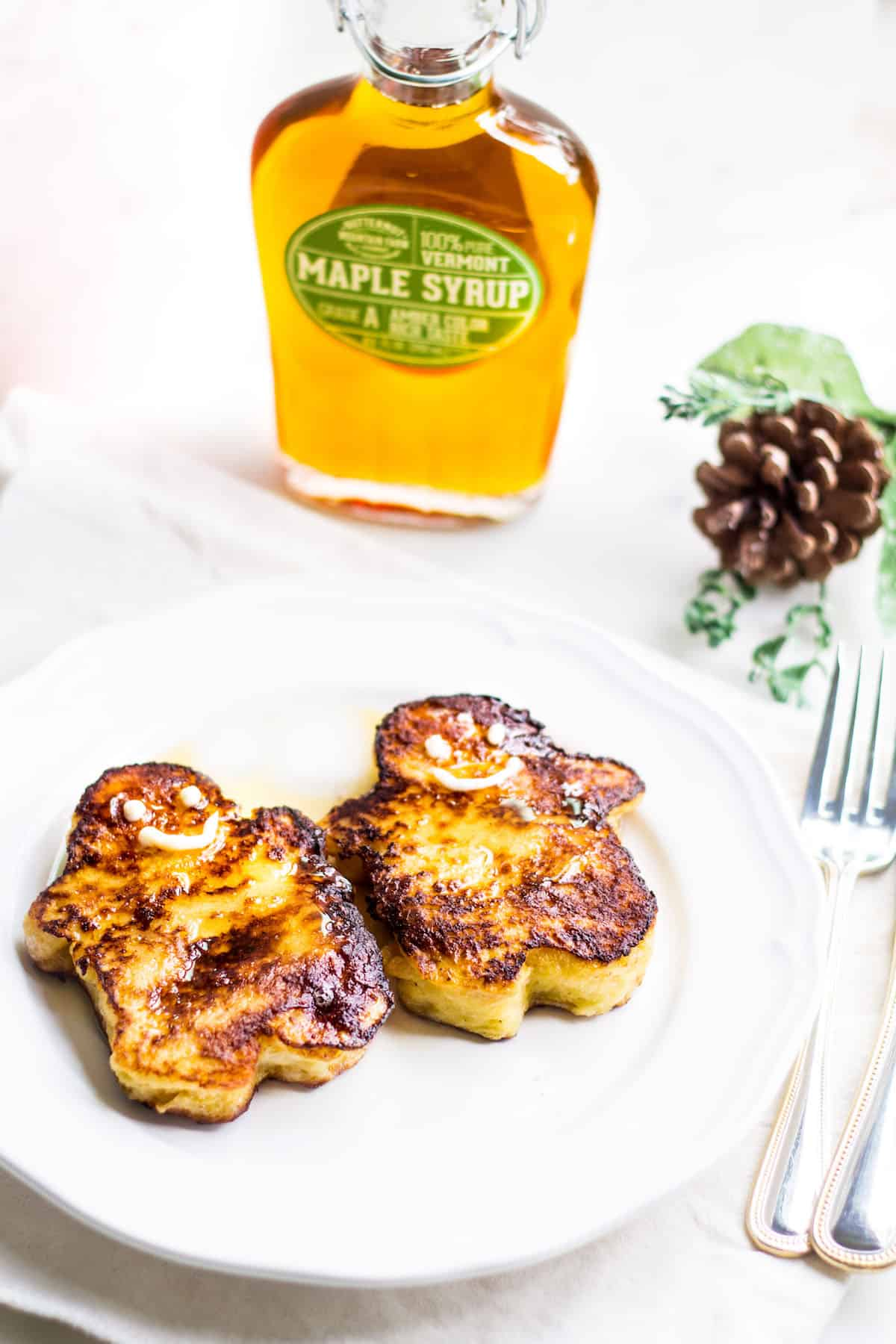 Holiday Pain Perdu: gingerbread men shaped french toast served with Butternut Mountain Farm maple syrup. Recipe via MonPetitFour.com [ad]