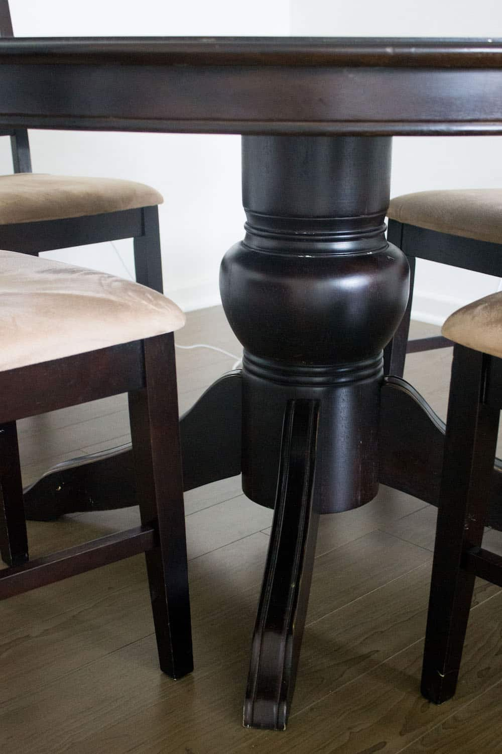 How to Strip Paint Off Wood dining table base