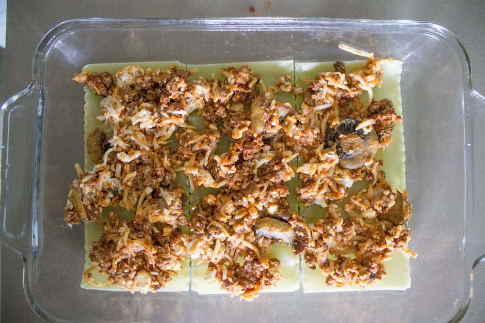 Easy beef lasagna filling via Mon Petit Four
