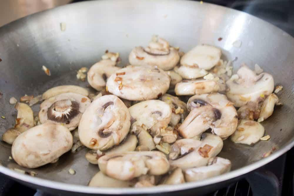 Easy beef lasagna mushrooms via Mon Petit Four