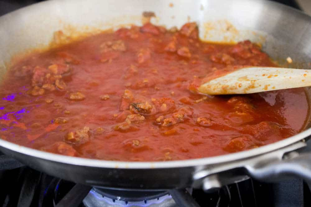 Simple Bolognese Recipe pasta water added to bolognese sauce