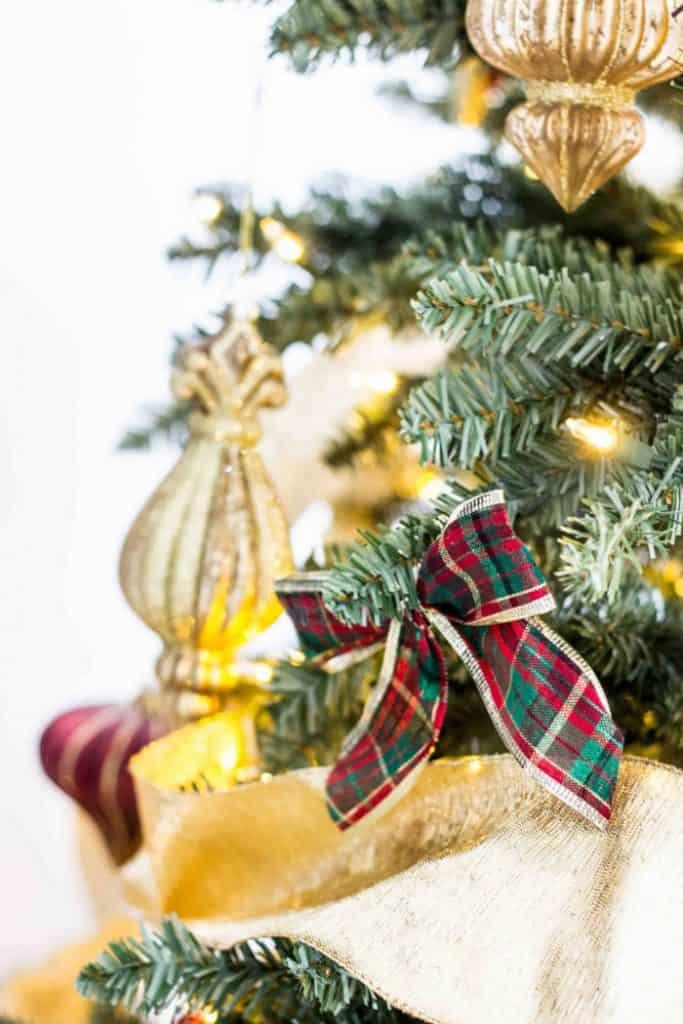 plaid bows for christmas tree