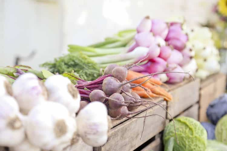 French Lifestyle Tip: Farmers Market vegetables and produce